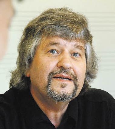 Prof. Toni Völker